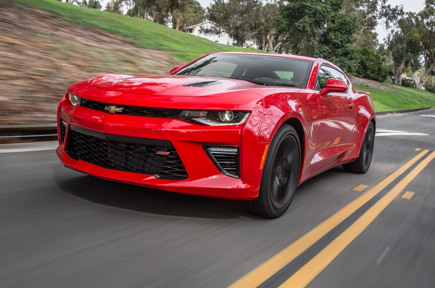 2016-Chevrolet-Camaro-SS-front-three-quarter-in-motion-e1499463315575.jpg